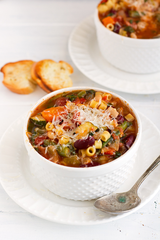Slow Cooker Minestrone Soup2